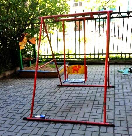 фото ЗакС политика <b>Введенский: битва на детской площадке</b>