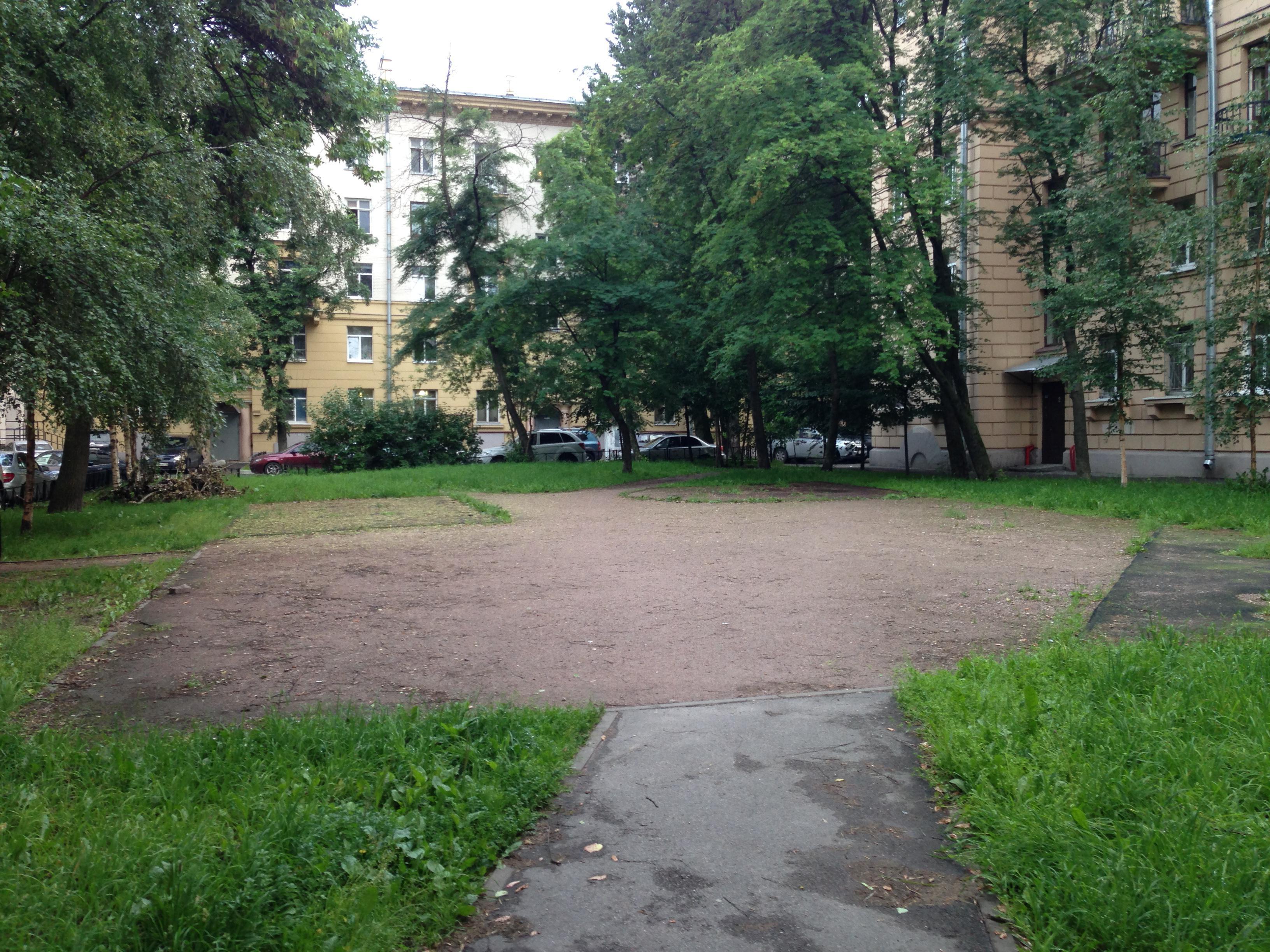 фото ЗакС политика Работу по уборке и озеленению МО Большая Охта оценили в 20,9 млн рублей