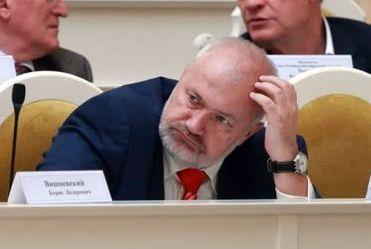"""фото ЗакС политика Амосов выступил с критической речью в стенах МО """"Академическое"""""""