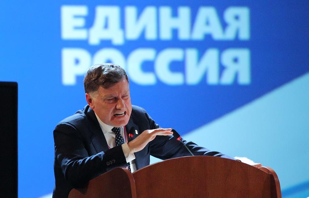 фото ЗакС политика Макаров посоветовал главе МО Екатерингофский не поддаваться на провокации