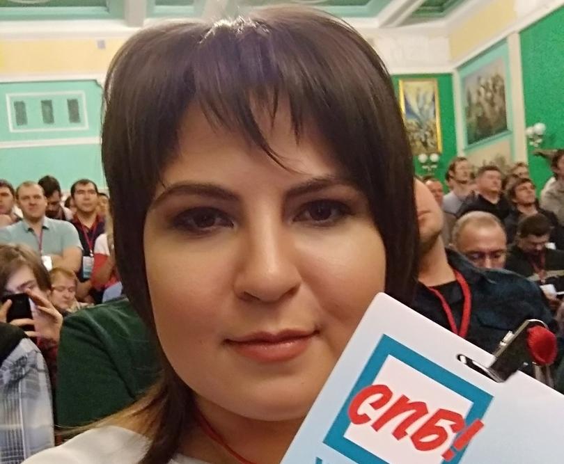фото ЗакС политика Пострадавшая на Первомае петербурженка подала документы для участия в муниципальных выборах