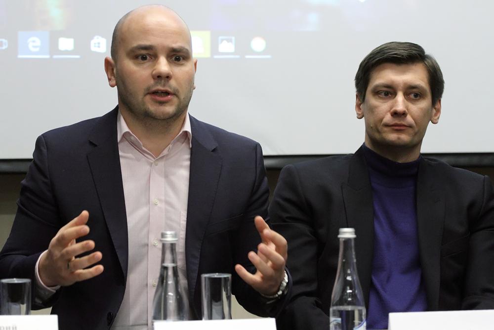фото ЗакС политика Пивоваров пообещал дать бой вице-спикеру Соловьеву на муниципальных выборах