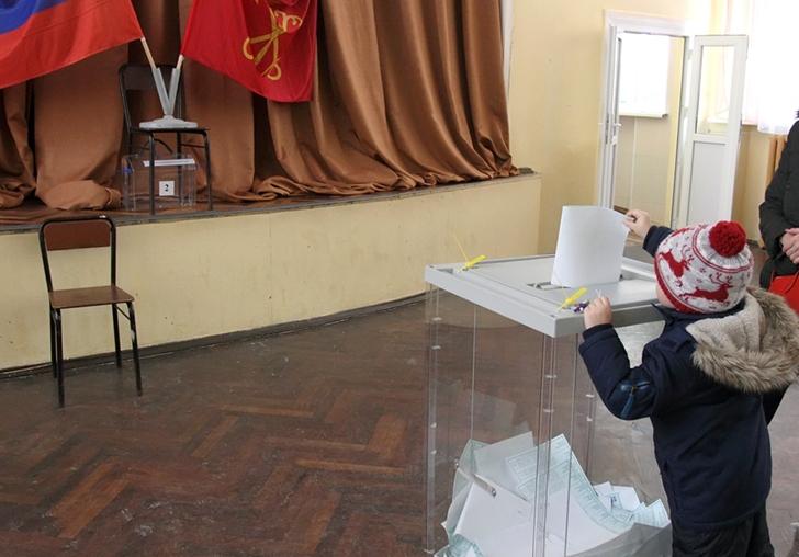 фото ЗакС политика Кировский район: муниципалитеты для бесстрашных